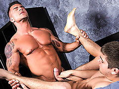 Braden Charron & Johnny Rapid in Message Intercepted - Str8ToGay