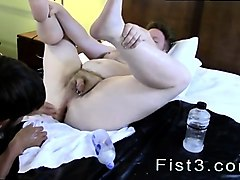 fisting gay training full length he opens up the guy's slot