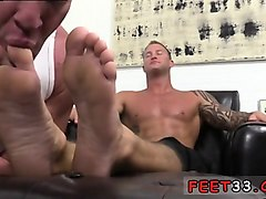 homemade gay daddy porn dev worships jason james' manly feet