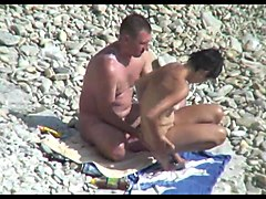 Hidden camera on the beach 3
